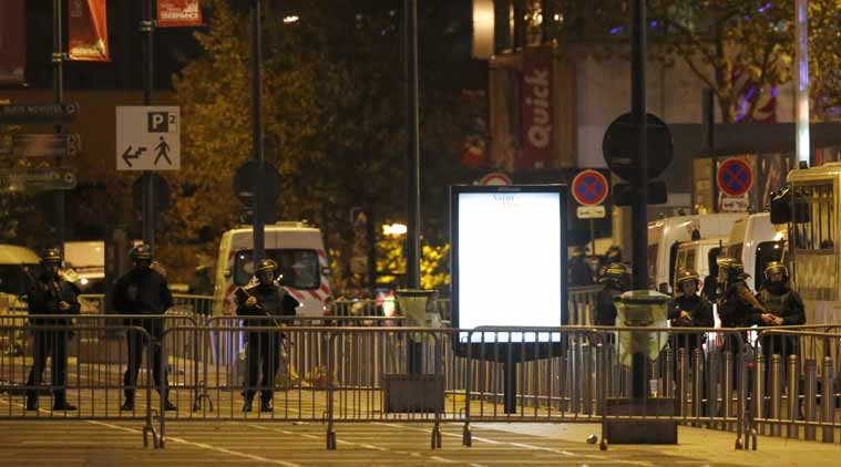 paris attacks, paris attacks live, paris, france attacks, paris bombing, paris shootout, paris terrrorist, paris bombing live, paris live updates, paris news, world news