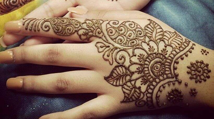 Mehendi Laga Ke Rakhna 15 Awesome Designs For This