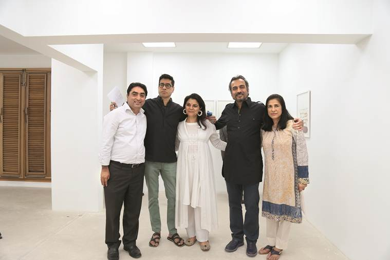 Rahul and Manisha Baswani with the art fraternity of Karachi