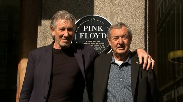 Roger Waters, Roger Waters Pink Floyd, Roger Waters singer, Roger Waters songwriter, Roger Waters multi-instrumentalist, Roger Waters composer, Wright left, Entertainment News