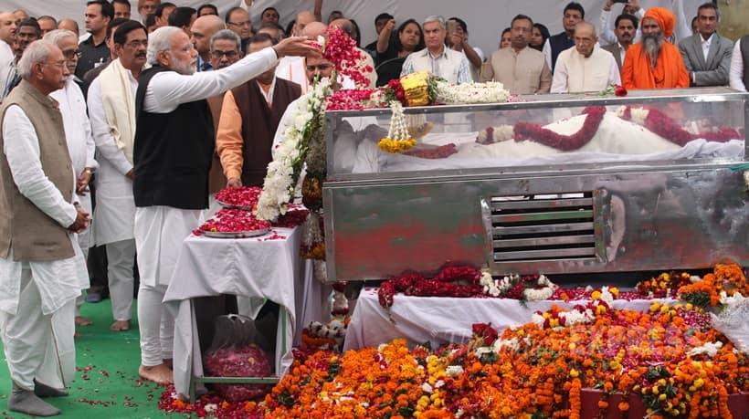 Ashok Singhal, Ashok Singhal death, Ashok Singhal passes away, Ashok Singhal Dead, Ashok Singhal Dies, Ashok Singhal news, VHP Leader Ashok Singhal Dead, VHP Leader Ashok Singhal Death, Ashok Singhal Latest News, NArendra Modi, Arun Jaitley, Sushma Swaraj, Venkaiah Naidu, Amit Shah