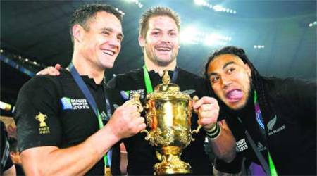 All rise for Dan Carter after All Blacks win Rugby World Cup