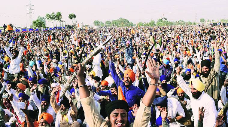 Akal Takht, Akal Takht Jathedar, Akal Takht Jathedar attacked, Gaini Gurbachan Singh attacked, golden temple, golden temple protest, Bandi Chhor Diwas, Gaini Gurbachan Singh attack, amritsar news, nation news