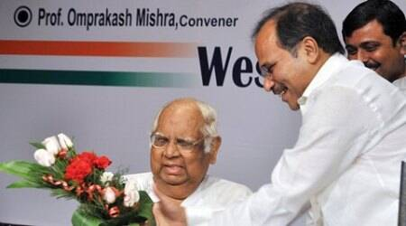 CPM-Congress alliance in Bengal not a political option but a necessity: Somnath Chatterjee