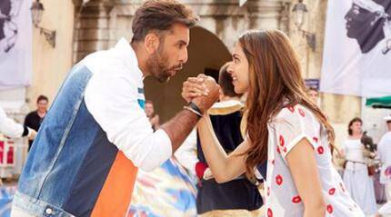 Deepika, Ranbir's 'Tamasha' earns Rs. 24.04 cr in two days