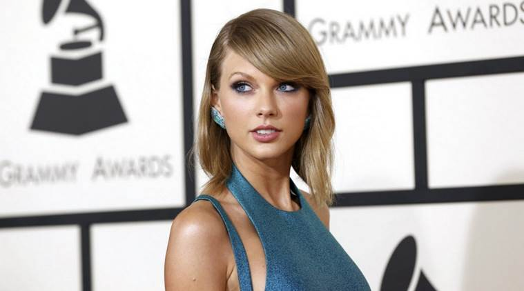 Taylor Swift Wins Big At 2015 American Music Awards Entertainment News The Indian Express