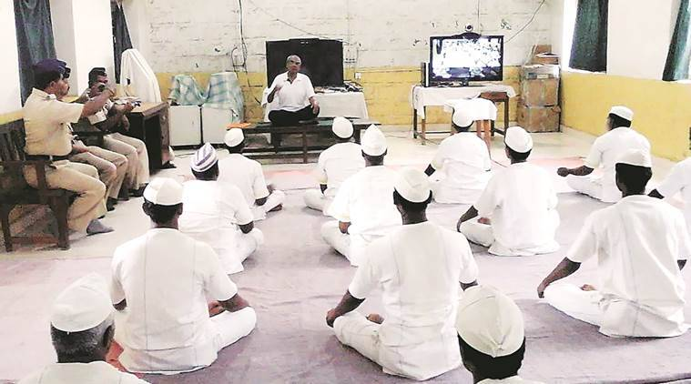 yoga, yoga session in jail, prison yoga session, yoga jail remission, jail term remission, Yerawada Central Prison, maharashtra prison, pune jail, prison term remission, pune news, maharashtra news, india news
