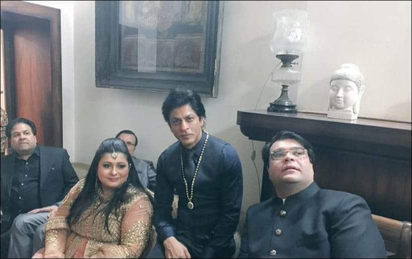 shah rukh khan, arun jaitley, arun jaitley's daughter, sonali jaitley, sonali jaitley sangeet, arun jaitley's daughter wedding, arun jaitley daughter sangeet, arun jaitley daughter sonali, sonali jaitley marriage, arun jaitley's daughterr sangeet guests, shah rukh khan arun jaitley, shah rukh khan in delhi, shah rukh khan at sonali jaitley wedding, entertainment