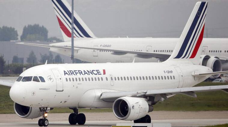 air france, air france bomb, air france emergeny landing, france plane, france plane bomb, bomb in air france plane, france news, world news