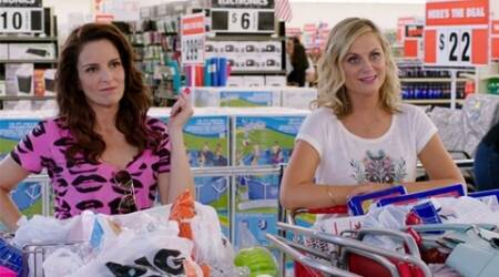 Amy Poehler, Tina Fey want fans to watch 'Sisters', not 'Star Wars'