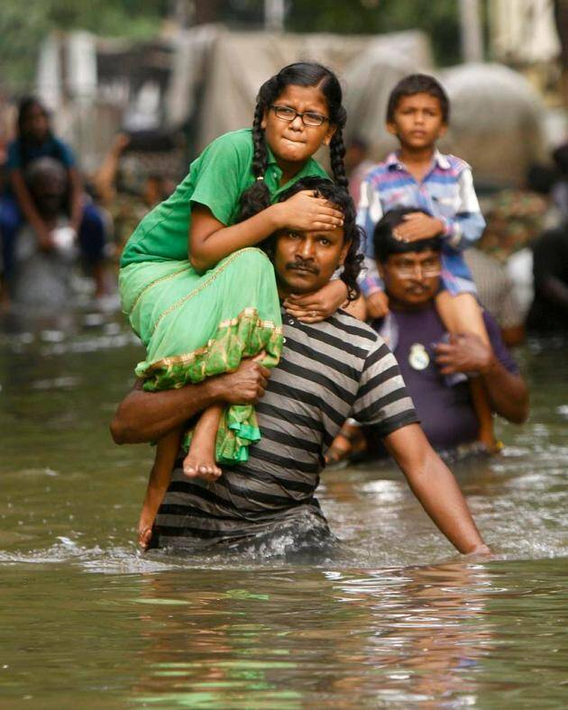 Chennai flood, Chennai, chennai rains, Chennai flood pictures, Chennai flood relief, Tamil nadu floods, Chennai rescue work, Floods rescue work, Chennai latest news, india news