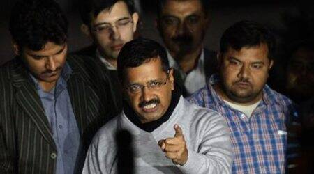 Kejriwal reaches out to Opposition: If you can be friendly with ISI and Sharif, why not with us