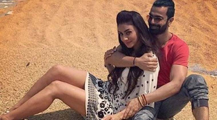 Image result for Mahek Chahal meets Ashmit Patel's family in Paris