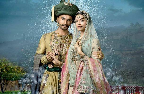 Bajirao Mastani, Deepika Padukone, Ranveer singh, Priyanka Chopra, Top movies of 2015, Top 10 movies 2015
