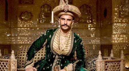 ranveer singh, deepika padukone, Bajirao Mastani, Bajirao Mastani awards, Bajirao Mastani nominations, asian film awards, bajirao, Bajirao Mastani asian film awards, entertainment news