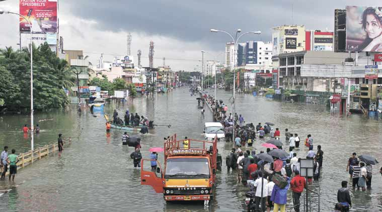 Almost the whole of Chennai city (map on the right) is flooded. The low-lying area between Velachery and Sholinganalur is especially badly affected. (Source: Reuters)