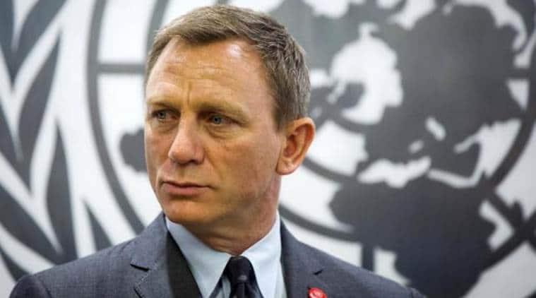 Daniel Craig, James Bond star Daniel Craig, Daniel Craig most kissable stars, Daniel Craig tops most kissable stars poll, Cheryl Fernandez, Singer Cheryl, entertainment news