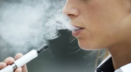 Flavoured e-cigarettes can damage lungs, says Harvardstudy