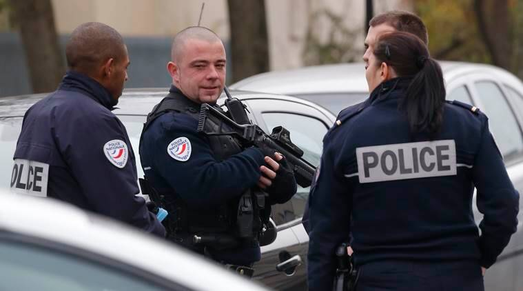french teacher, teacher in france assaulted, ISIS, Islamic State, french teacher attacked by IS supporter, teacher attcaked, paris attack, teacher lied, fake attack by ISIS