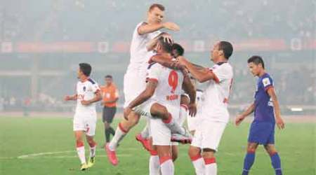 ISL 2015: Delhi Riise from the backline