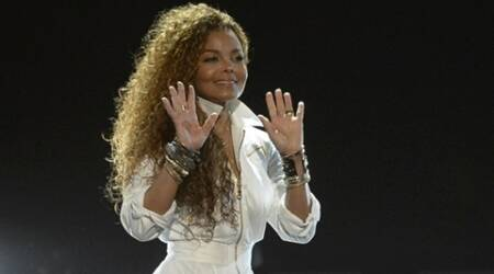 Janet Jackson to undergo surgery, postpones Unbreakable tour