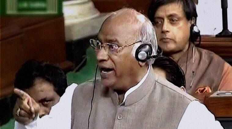 Mallikarjun Kharge, Demonetisation, Demonetisation and Parliament discussion, Discussion on Demonetisation, latest news, India news, Demonetisation and Central Government, Latest news, Narendra MOdi, Rahul Gandhi news, Latest news, India news
