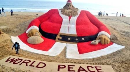 Sudarsan Pattnaik creates world's largest sand Santa, breaks his own record yet again