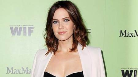 Mandy Moore files for spousal support?