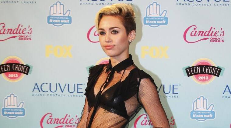 favorite singer miley cyrus See the best pics the stars — including miley cyrus and liam hemsworth — are sharing on social miley cyrus calls liam hemsworth her 'favorite being ever ever ever' in and every other day of the year the zany singer gave the aussie actor a birthday shout-out on his 27th.