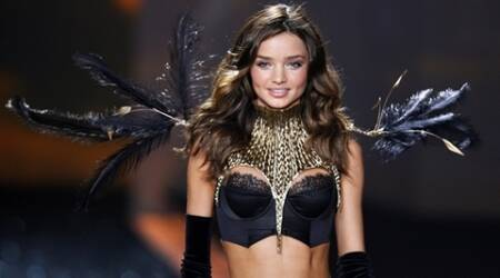 Miranda Kerr's nude magazine cover removed from Australian stores