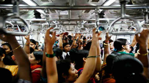 life in local, mumbai local, life in mumbai local, busy train, mumbai busy local, mumbai news