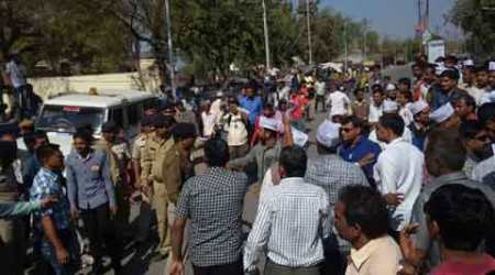 Patel quota agitation: Bandh call gets little response in Gujarat