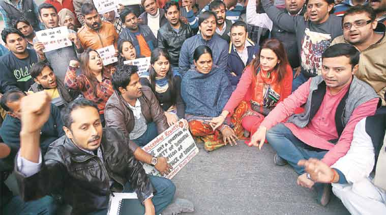 Dec 16 gangrape: Off camera, how they got House to hear Jyoti parents' anguish.