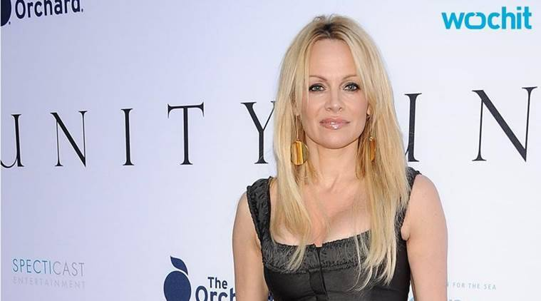 Pamela Anderson, Pamela Anderson hot, Pamela Anderson Sexy, Pamela Anderson Pics, Pamela Anderson Whale hunting Campaign, Pamela Anderson fight Whale hunting, Pamela Anderson Stop Whale hunting, entertainment news