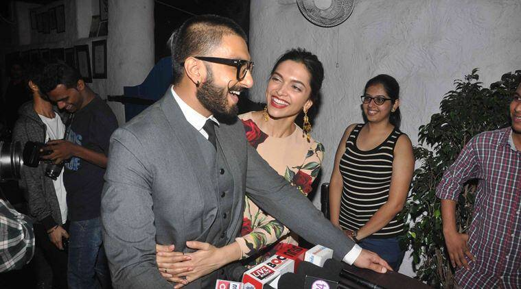 Image result for दीपिका पादुकोण and ranveer singh kiss