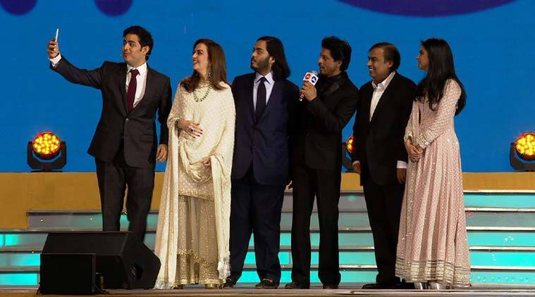 Ambanis and SRK at Reliance Jio launch event
