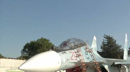 Video shows Russian fighter jet being fitted with warheads to strike IS in Syria