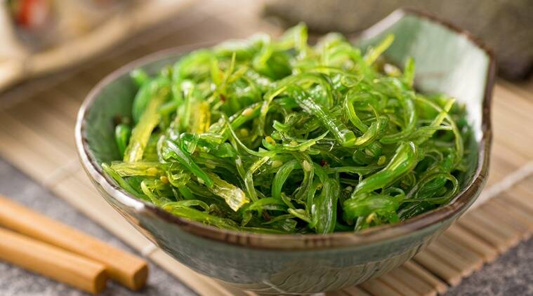 100 gm of seaweed provides more than the daily requirement of vitamins A, B12, and two-thirds of the vitamin C requirement. (Source: Thinkstock)