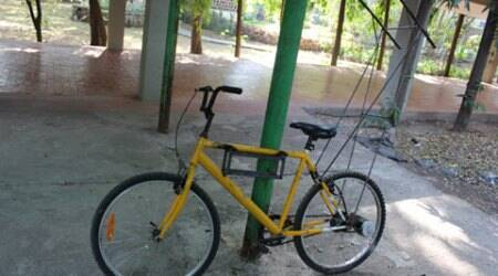 Students cycle from Mumbai to Goa to impart knowledge of solar energy to villages