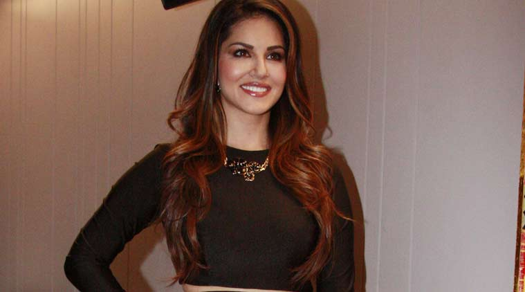 http://images.indianexpress.com/2015/12/sunnyleone4.jpg