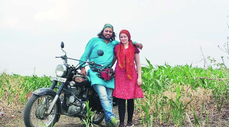 The Lone Conquereor, Akram Feroze, theatre, Two Wheels of Theatre, pune theatre act, pune news