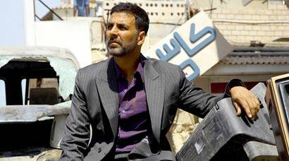 Airlift Collections, Airlift box office collections, Akshay Kumar, Akshay kumar Airlift, Airlift crosses Rs 100 crore, Airlift Earns Rs 100 crore, Airlift Earnings, Airlift Grossings, Airlift Collects Rs 100 crore, entertainment news