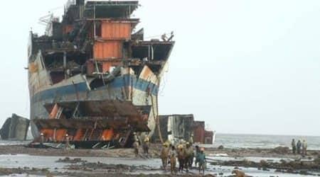 Gujarat, shipbreaker Alang, Alang Gujarat, Gujarat marine, International marine gujarat, gujarat maritime trade, gujarat trade
