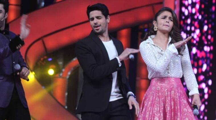 Sidharth Malhotra, alia bhatt, valentine's day, kapoor and sons, fawad khan, sidharth, alia, sidharth alia valentines day, sidharth alia, entertainment news