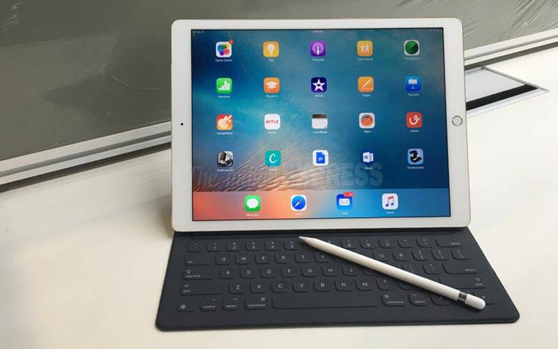 Apple iPad pro review, iPad Pro price, Apple Pencil price, Apple iPad pro india, iPad Pro review,iPad Pro specs, iPad pro features, Apple, Apple iPad Pro, iPad Pro blog, technology, technology news