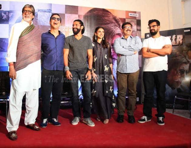 Amitabh Bachchan, Farhan Akhtar, Aditi Rao Hydari, Shabana Azmi, Javed Akhtar, Nandita Das, Wazir, Wazir screening, bollywood, entertainment