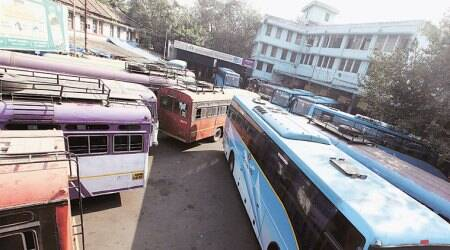 On mega block day, regular inter-city commuters stay put