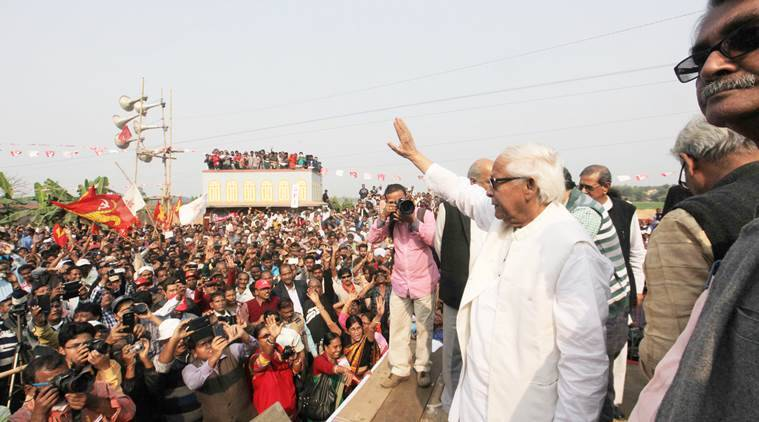 Buddhadeb Bhattacherjee, former Chief Minister of West Bengal at the left protest rally demanding new Industries and work at Singur on Saturday. The 190 km long march started from Singur Sanapara to Salboni West Midnapore. Express photo by Subham Dutta. 16.01.16