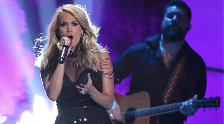 Carrie Underwood, Carrie Underwood Military Families, Carrie Underwood Military Soldiers, Country Star Carrie Underwood, Entertainment news