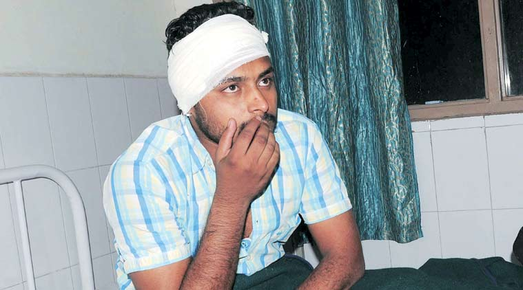 Mohali, youths clash in Mohali village, clash during cricket, chandigarh news